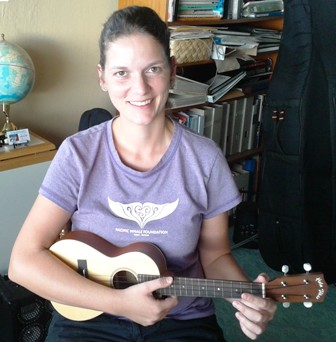 Susan H. takes lessons from Ukulele Mele