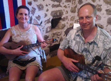 Mark and Andrea take lessons from Ukulele Mele